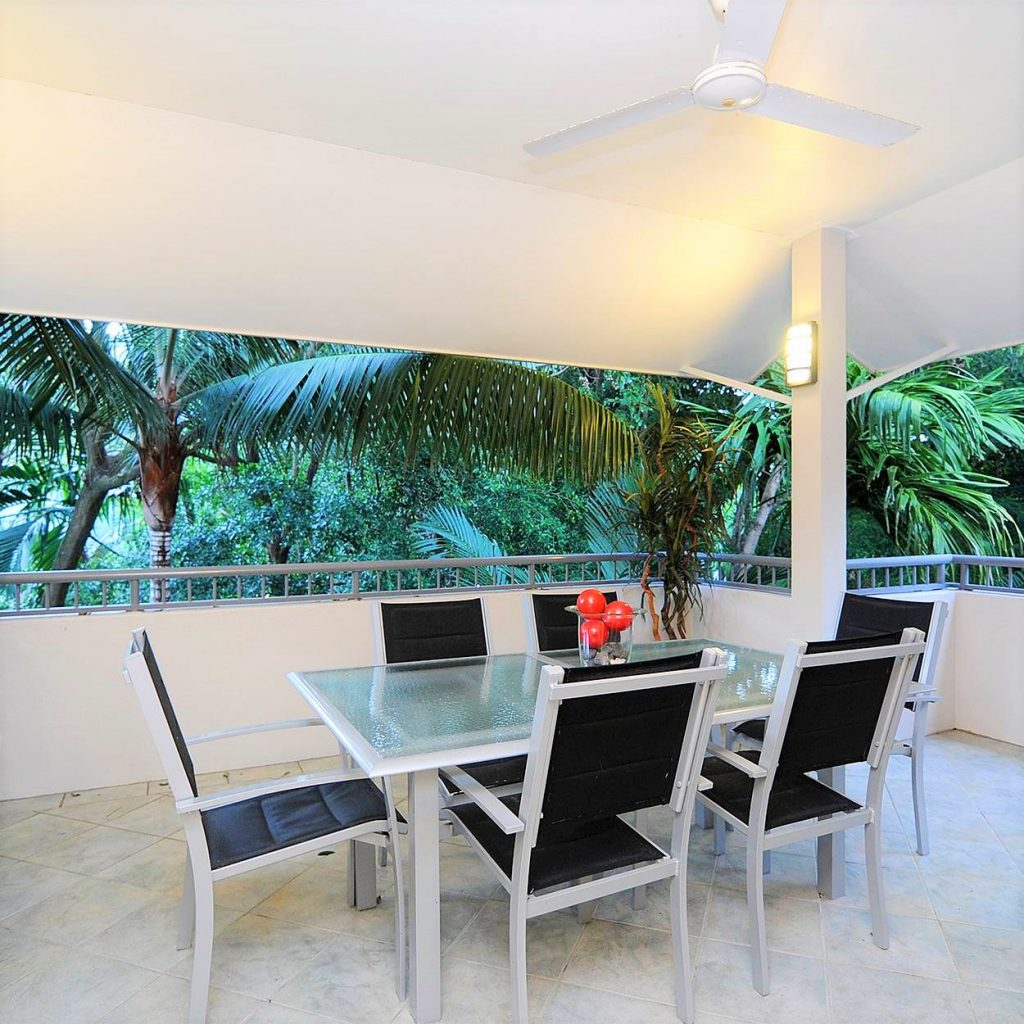 Palm Cove Apartments: Property Development In